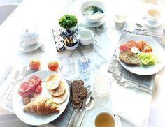 "Knock knock. ""Room service!"" Thank you @nvoire for sharing your @FSGuangzhou breakfast with us. Tag your Four Seasons breakfast with #wakeupwithFS and we'll share our favorite again next week. # # Hotels-live.com via https://www.instagram.com/p/BEmM3RbKkwY/ #Flickr"