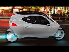 Futuristic C-1 can reach 100mph and will NEVER fall over thanks to its self-balancing technology 1- Lit Motors showed off their futuristic vehicle at the 201...