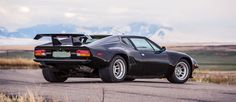 http://www.car-revs-daily.com/2016/01/23/1987-detomaso-pantera-gt5-s/