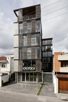 Nombre/ Edificio 03 98.  Estudio/ Espinoza Carvajal Cia Ltda. Arquitectos & Ingenieros. Ecuador.