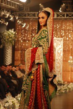 Pakistani wedding dress by Sara-Rohale-Asghar