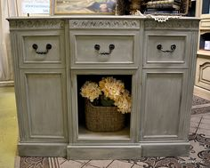 Chateau Grey underneath a tinted wax--Old Ochre/French Linen mix in Clear Soft Wax. by cecelia Annie Sloan Painted Furniture, Painted Buffet, Chalk Paint Furniture, Annie Sloan Chalk Paint, Distressed Furniture, Refurbished Furniture, Repurposed Furniture, Furniture Makeover, Diy Furniture