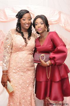50 photos – They marked 2018 with their sagnsé – Dakarinfo. African Lace Styles, African Lace Dresses, Latest African Fashion Dresses, African Dresses For Women, African Print Fashion, African Wedding Attire, African Attire, African Blouses, African Traditional Dresses