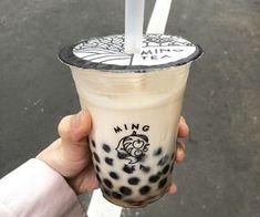Fun Drinks, Yummy Drinks, Yummy Food, Beverages, Cream Aesthetic, Aesthetic Food, Boba Drink, Bubble Milk Tea, Japanese Snacks