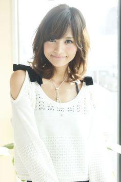 柔らかエアリー愛されミディアム | AFLOAT JAPANのヘアスタイル - アフロートジャパン 【銀座の美容室】 | 関東・銀座の美容室 | Rasysa(らしさ)