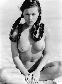 Jessica alba topless photo