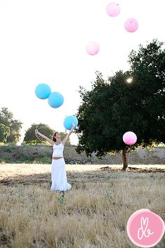 blue and pink maternity photos