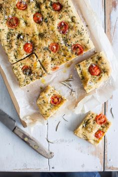 Gluteeniton focaccia Margarita, Vegetable Pizza, Quiche, Sweet Home, Food And Drink, Gluten Free, Treats, Snacks, Baking