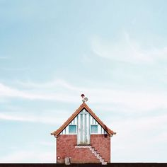 Image 1 of 17 from gallery of Lonely Houses: Sejkko's Surreal Photos of Traditional Portuguese Homes. Courtesy of Sejkko