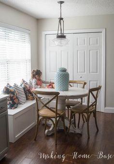 Paint Colors-Behr  paint Marquee Crisp Linen - walls