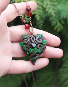 Cute Polymer Clay, Polymer Clay Projects, Polymer Clay Creations, Polymer Clay Jewelry, Celtic Heart, Clay Dragon, Wiccan Jewelry, Fantasy Jewelry, Red Garnet