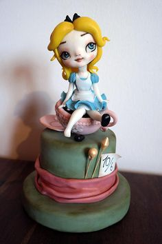 Alice in the wonderland - Pupina Alice - Cake by Tiziana Benvegna