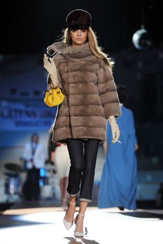 dsquared fashion show | ... fashion show as part of Milan Womenswear Fashion Week on February 27
