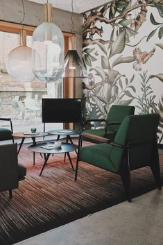 Green Color - love the chairs. Interior Color Inspiration Photos from Willow College. Color Online Learning @willowcollege #colorinspiration #color #onlinelearning #interiordesign #interiordecorating #commercialdesign #willowcollege #colors #design #designinspiration