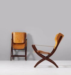 Poul Hundevad; Beech, Birch and Leather Folding 'Egyptian' Chairs, 1950s.