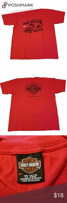 "Harley Davidson T-Shirt One Track Mind Sz 2XL Harley Davidson T-Shirt One Track Mind Motorcycle Red Size 2XL  Great pre-owned condition  Tag Size:  2X (XXL, 2XL) (see MEASUREMENTS below)  Measurements: Chest (underarm seam to underarm seam):  25.5"" Length (back of neck to hem):  32"" Color:  Red Brand:   Harley Davidson Fabric:  100% cotton Harley-Davidson Shirts Tees - Short Sleeve"