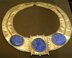 Lapis lazuli carved relief medallions in a gold pectoral, Sasanian Iran, ca. 5th–6th century CE. Collection of the Riza Abbasi Museum, Tehran.