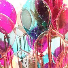 Glass bubble windows  #bijenkorf #christmasdecoration #denhaag #thehague #glass