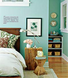 Bancos no décor. Veja: http://www.casadevalentina.com.br/blog/detalhes/bancos-no-decor:-como-nao-amar!-2955  #decor #decoracao #interior #design #casa #home #house #idea #ideia #detalhes #details #style #estilo #cozy #aconchego #conforto #casadevalentina #bedroom #quarto #green #verde