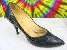 Size 6 B vintage 50's black leather TWEEDIES pointy toe by foggy16, $69.99