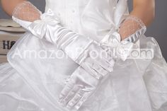 Graceful Satin with Bowknot and Net Wedding Gloves