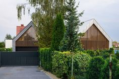 Two Barns House by RS  (2)