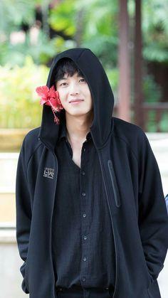 Yeon Woo Jin 2016