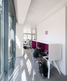 That is how an office should be! Think Outside the Box Corporate office ideas design design Corporate Interiors, Corporate Design, Office Interiors, Microsoft, Interior Architecture, Interior Design, Installation Architecture, Design Design, Open Office