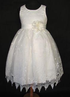 """Φορέματα για Παρανυφάκια - Επίσημα Φορέματα για Κορίτσια :: Παιδικό Φόρεμα σε Λευκό-Ζαχαρί με Bελονάκι και Kέντημα για βάφτιση, Παρανυφάκι, Πάρτυ """"Tiffany"""" - http://www.memoirs.gr/"""