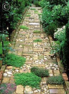 Mixed material garden pathway