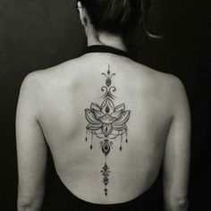 "5,584 Likes, 119 Comments - Tattoo2me (@tattoo2me) on Instagram: ""Tatuagem feita por @stencyone ❤️"""