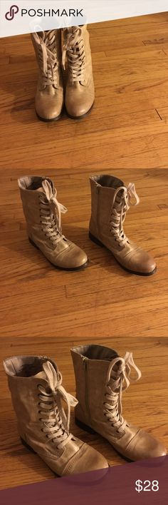 Size 8. Women's boots. Worn once. Boots. Size 8. Worn once. Shoes Combat & Moto Boots