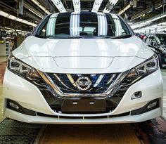 Nissan Leaf 2018: elétrico compartilhado na Japão! Por que comprar um Leaf se você... pode dividir um? A marca lançou nesta sexta-feira serviço de carsharing. Chamado e-share mobi começa a funcionar a partir de 15 de janeiro de 2018. Inicialmente serão di http://krro.com.mx/