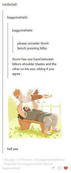The Hobbit - Thorin bench pressing Bilbo The Hobbit Thorin, Legolas And Gimli, O Hobbit, Bilbo Baggins, Hobbit Hole, Gandalf, Thorin Oakenshield, Destiel, Johnlock