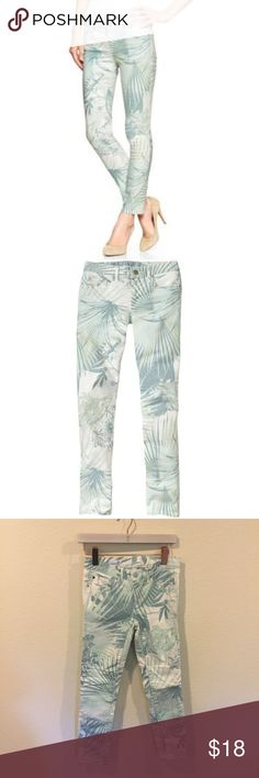 Gap tropical always skinny skimmer mint jeans Mint green tropical print jeans in the always skinny style! From the So Sage Blog. No trades. GAP Jeans Skinny