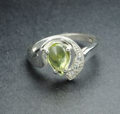 Peridot ring sterling silver ring gemstone ring by JubileJewel, $72.00