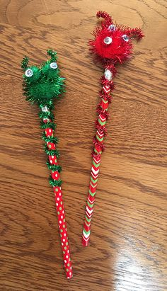 Alien pencils -- fun to make and to send! Made by kids so kids could definitely work on these for a shoebox craft project. Best Pencil, Operation Christmas Child, Shoe Box, Charity, Craft Projects, Hair Accessories, Fun, How To Make, Kids