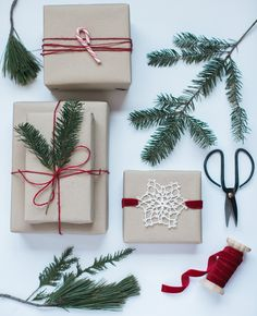 A Very Merry Minimal Christmas: Simple Holiday Gift Wrapping scandi gift wrapping inspiration