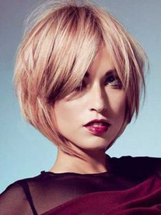 Very Charming Blonde Bob Cut……re pinned by Maurie Daboux 웃╰☆╮
