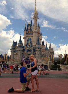 25 cuteness overload from disney proposal ideas 13 - Beauty of Wedding Event Planning Tips, Wedding Planning Checklist, Wedding Proposals, Marriage Proposals, Disney Proposal, Proposal Ideas, Proposal Pictures, Romantic Proposal, Disney Engagement