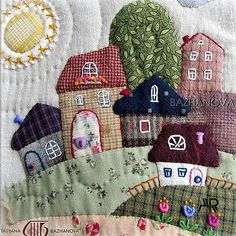 A fun patchwork bag tutorial to sew using some jelly roll strips Wool Applique Quilts, Wool Applique Patterns, Embroidery Applique, Sewing Appliques, Crazy Quilting, Patchwork Quilting, Mini Quilts, Small Quilts, House Quilt Patterns