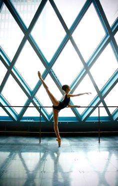 arabesque!... man, I need to stretch my back more!