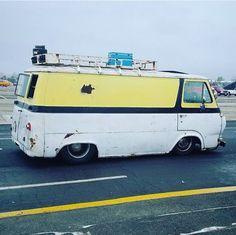 Leo, Astro Van, Plymouth Valiant, Vanz, Cool Vans, Custom Vans, Classic Trucks, Motorhome, Ford