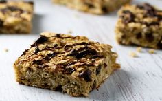 These chewy oat bars are sweetened naturally with banana and maple syrup, with a touch of cinnamon and almond extract for flavor, and a handful of raisins.