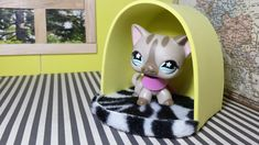 How to Make an LPS Pet Bed: Dollhouse DIY