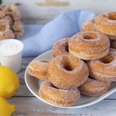 Perfect Cookie Recipes – 20 Baking Tips To Make The Best Cookies Ever - New ideas Easy Cookie Recipes, Donut Recipes, Sweet Recipes, Snack Recipes, Dessert Recipes, Deep Fried Donuts, Baked Doughnuts, Danish Butter Cookies, Dairy Free Snacks