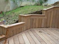 Poser une terrasse en bois exotique fsc sur gazon - Poser une terrasse en bois sur pelouse ...