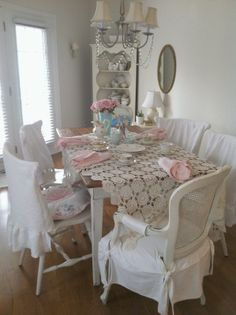 Lulu's tea party, simple table setting............