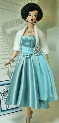 Happy New Year This glamorous Cocktail Ensemble is to fit Silkstone Barbie. Vintage Barbie Clothes, Doll Clothes, Barbie Dress, Dress Up, Doll Dresses, Moda Retro, Beautiful Barbie Dolls, Glamour, Barbie Collector