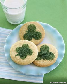 Sprinkle a little luck on your sugar cookies for St. Patrick's Day with this easy Clover Cookie template.